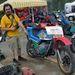 Krosszvillás, krosszkerekes Kawasaki H' sportgép, versenyidomokkal, papírokkal. Ááááááá!