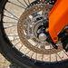 Szériafelszereltség a kiiktatható ABS - a fémfonatos fékcső is hozzá jár
