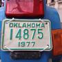 A tulajdonos egy Harley-val végigtúrázta Amerikát, a rendszám pedig egy szuvenír a 4000 kilométeres útról