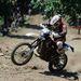 Egy résztvevő halad motorjával a Siroki Motoros Találkozón rendezett hegymászó (hillclimb) versenyen 2012. július 28-án.