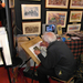 A művész alkot, 40 fontért meg is lehetett venni a képeket