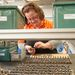 Állítólag a nők türelmesek, jobban bírják a monoton munkát