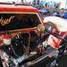 A váltókar végén ősi Ford kerékagy-kupak