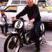 A késöi éveiben Bud Ekins sok régi Triumphot restaurált és indult velük veterán rendezvényeken