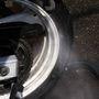 A hátsó kerék általában az egyik legkoszosabb alkatrész egy motoron