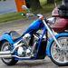 VT 1300: giccsparádé Amerikának