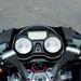 Kawasaki: az órák számlapja kicsit retró, az LCD paneleken pedig rengeteg az információ