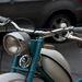 Innen akár valamilyen olasz, vagy osztrák moped is lehetne. Pedig lett
