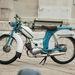 Szép, arányos, nagykerekű moped a Riga 3