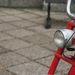 Apró lámpa, pont mint egy kerékpáron
