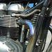 Levegő-olajhűtéses a Triumph kéthengerese