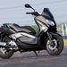 A 250-es az optimális motorméret hozzá. Van ám erénye a kisebb keréknek, kezes, mozgékony a gép