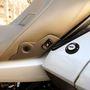 Az utas gombbal kapcsolhatja a kétfokozatú ülés- és háttámlafűtést