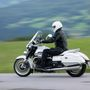 A Moto Guzzi 1400 California Touring a valaha volt legfényűzőbb modell a gyártól. 5,5 millió forintért mindent megkapunk, amire az olaszok ma képesek. Minőségi darab