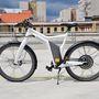 A Smart messziről sem tűnik átlagos biciklinek
